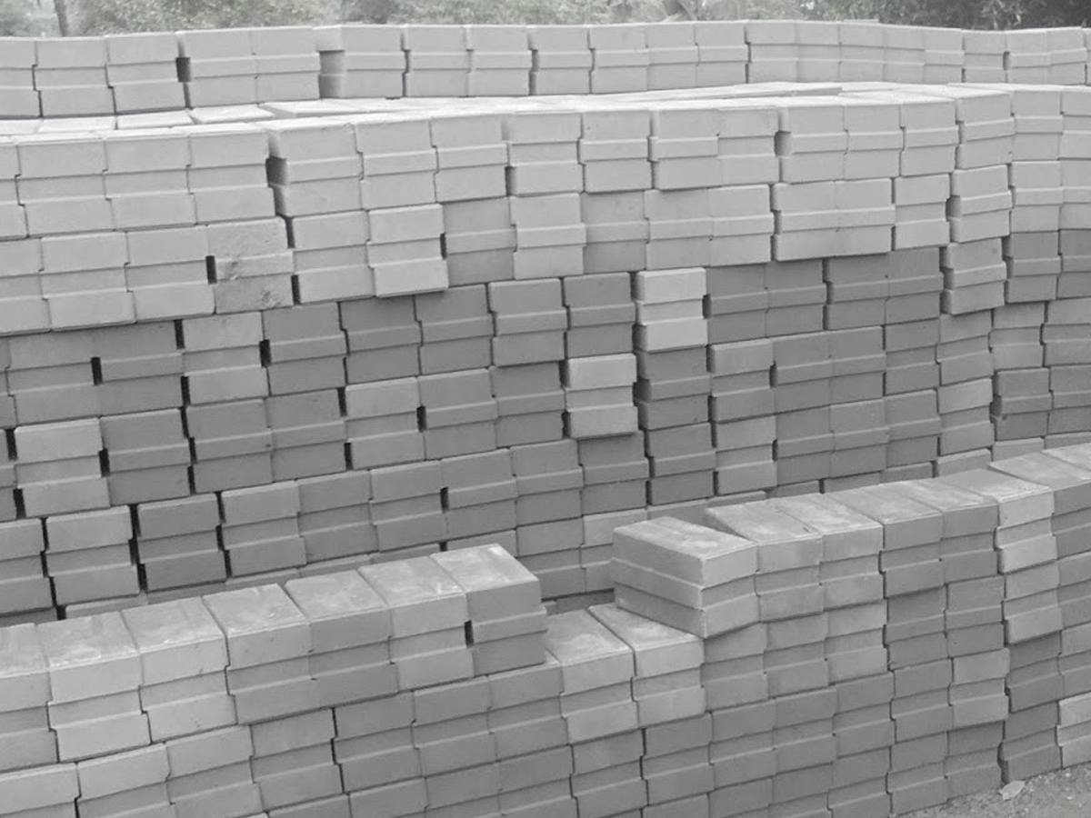fly ash bricks Automatic fly ash bricks plant is used to produce best quality fly ash bricks with high pressure this plant is available in four models to produce 1000 to 2500.
